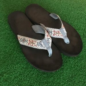 Teva Mush Sandal Sz 7